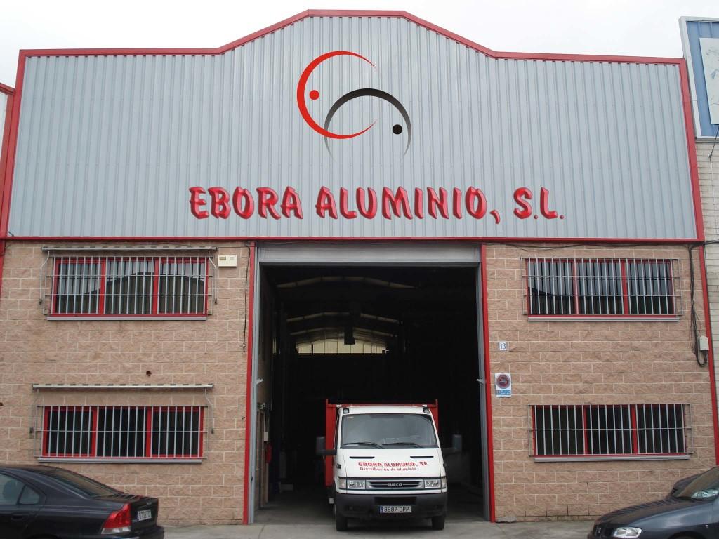 Fachada de Ebora Aluminio